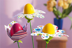 Eier als Blumen aus Syropor