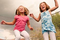 Gartentrampolin für Kinder