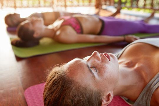 Übungen gegen Stress: Autogenes Training