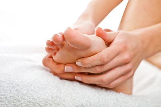 Übungen gegen Stress: Fussmassage