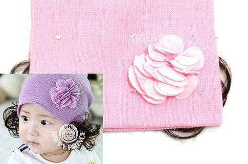 Verrückte Baby-Produkte: Babymütze mit Haaren