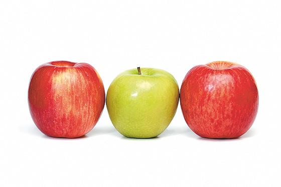drei Äpfel aufgereiht: Vitamine in der Schwangerschaft