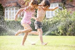 Gepinnt: Wasserspiele für Kinder