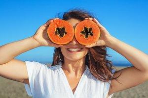 Papaya können die Haare stärken