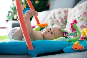 Für Babys Sicherheit und Wohlbefinden sorgt die richtige Wickelunterlage.