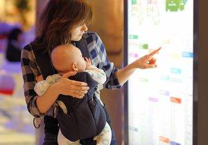 Kleidung, Betten, Kinderwagen, Spielzeug - das Angebot auf Babymessen ist vielfältig