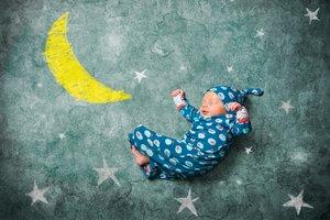 Geburtshoroskop: Was die Sterne über dein Kind verraten