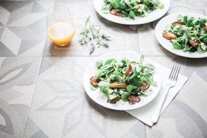 Leichtes Salatdressing mit Kokosmilch