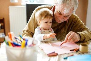 Biologische Uhr tickt auch bei Männern: Vater und Kind