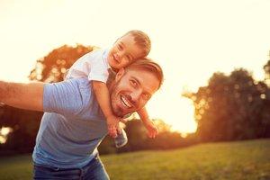 Kinderwunsch beim Mann: Vater und Sohn