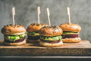 Gesunde Burger für Kinder schmecken und sind nahrhaft