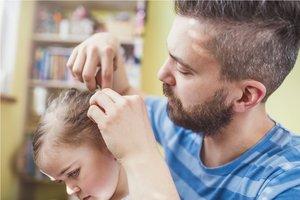 Haarausfall bei Kindern: Was sind die Ursachen?