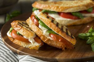 Vegetarisches Grillsandwich