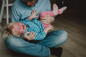 Du hast dein Kind angeschrien? So gehst du damit um.
