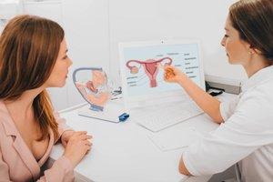 Clomifen: Ärztin berät Patientin