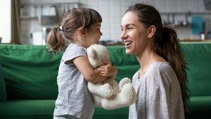 Gemeinsam sprechen ist die perfekte Förderung für die Sprachenwicklung eures Kindes