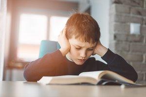 Lese-Rechtschreib-Schwäche testen: Die Anzeichen