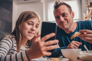 Eltern und Technik